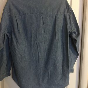 GAP Tops - Gap chambray shirt size large EUC